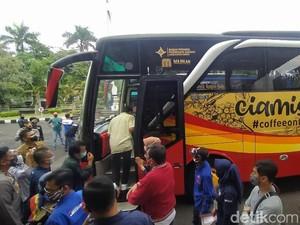 Ciamis Kini Punya Cikobis, Ngopi Sambil Keliling Naik Bus