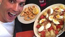 Cristiano Ronaldo, Makanan Favorit hingga Tips Dietnya