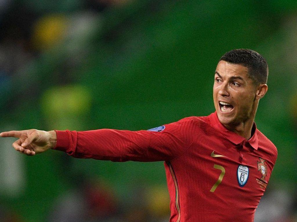 Cristiano Ronaldo Kena COVID-19, Ini 2 Alasan Masih Positif Tapi Tak Bergejala