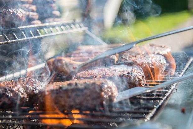 daging disebut sebagai salah satu makanan penyebab mimpi buruk