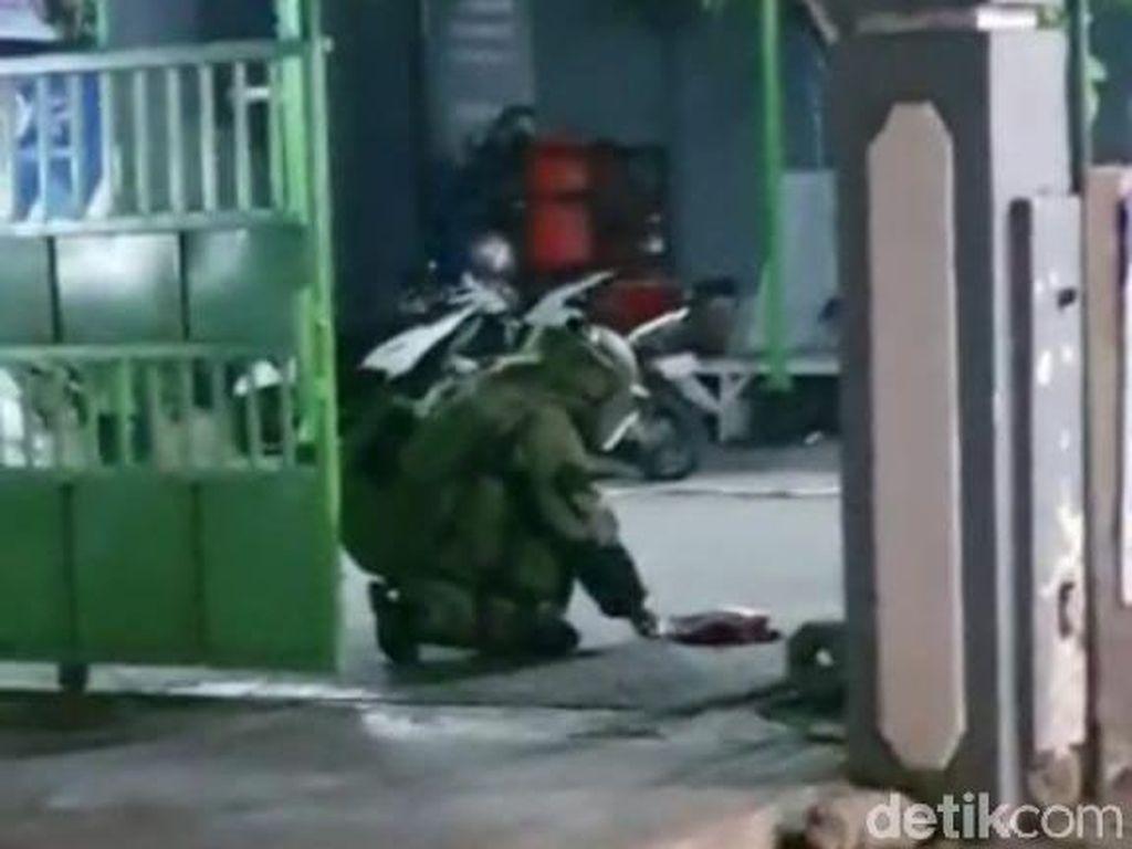 Polisi Belum Temukan Pemilik Tas di Surabaya yang Dievakuasi  Gegana