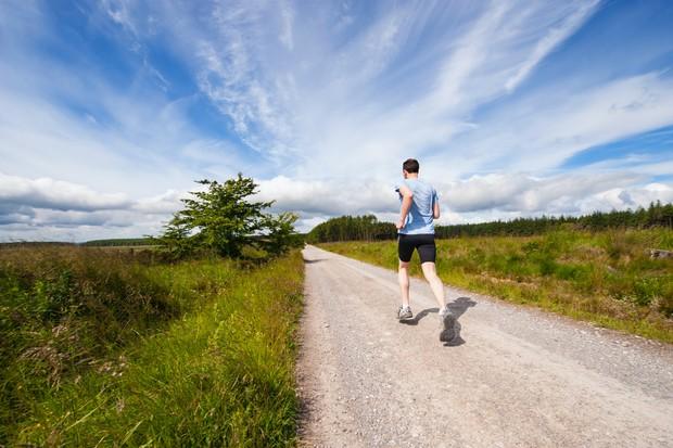 berolahraga adalah salah satu cara mengatasi stres