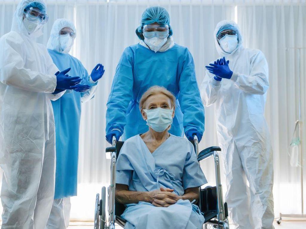 Riset: Sepertiga Penyintas COVID-19 Idap Penyakit Otak dan Kejiwaan