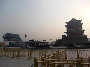 Indahnya Taman Bunga Penghias Lapangan Tiananmen Beijing