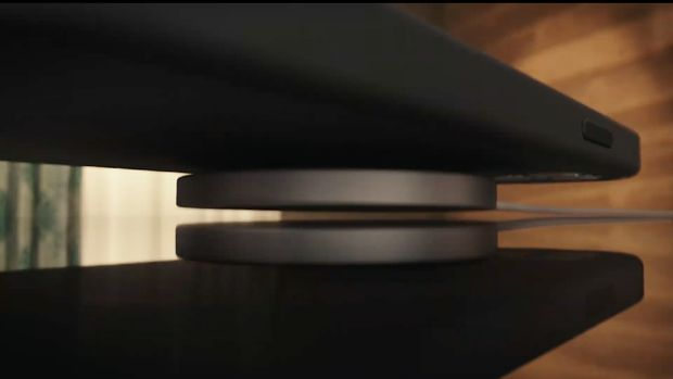 Apple Mag safe pengisi daya nirkabel wireless charging