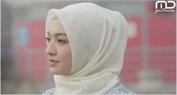 Raline Shah sebagai Meirose