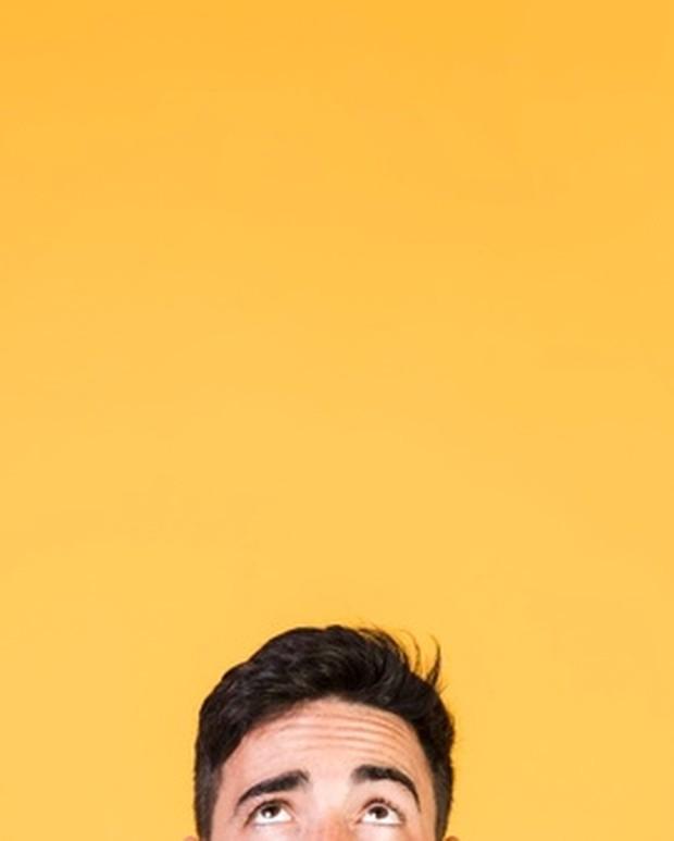 Penelitian mengatakan bahwa memikirkan kekurangan, kesalahan, dan masalah yang kamu miliki dapat meningkatkan risiko masalah kesehatan mental. Dan ketika kesehatan mental kamu menurun, kecenderungan kamu untuk merenung meningkat dan sulit untuk dihentikan.