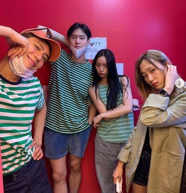 """Pemain """"Reply 1988"""" Hangout Bersama/ Foto: Koreaboo"""