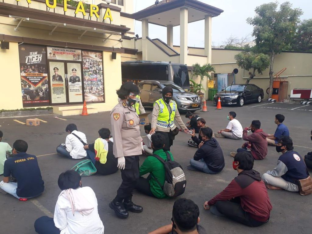 Polres Jakarta Utara Amankan 155 Orang yang Akan Demo ke DPR