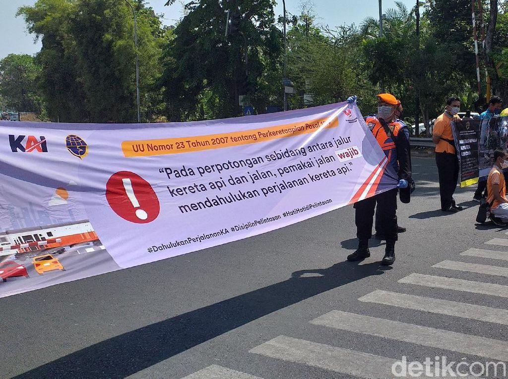 Kecelakaan di Perlintasan KA Wilayah Daop 8 Surabaya Naik 4 Tahun Terakhir