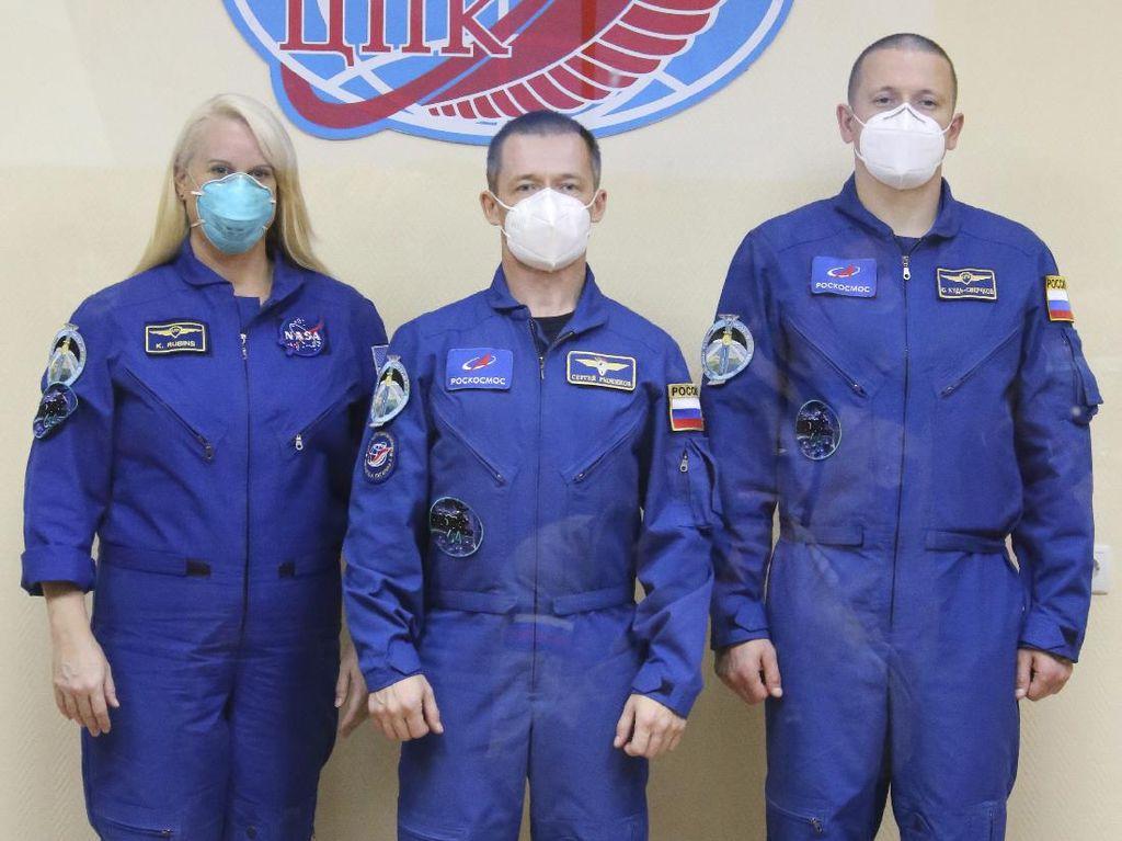 Rusia-AS Kirimkan 3 Astronaut ke ISS via Jalur Cepat, Ditempuh Hanya 3 Jam