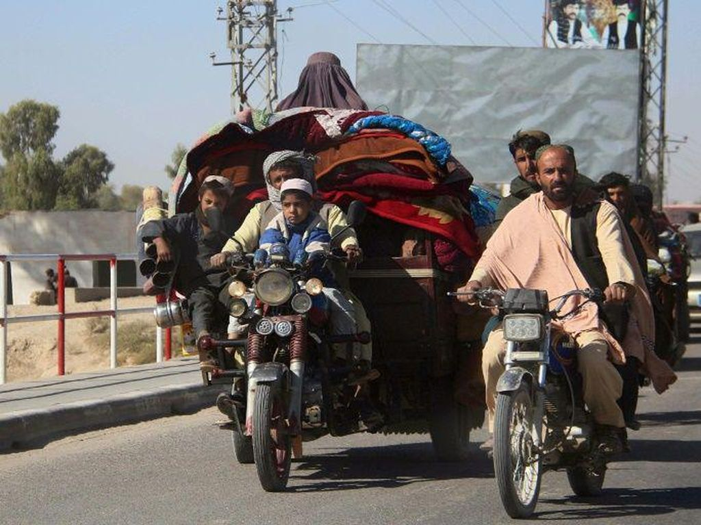 Ribuan Warga Mengungsi dari Serangan Taliban di Afghanistan Selatan