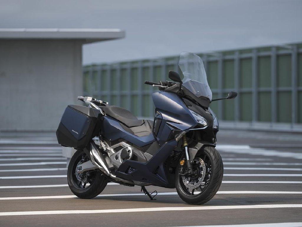Penampakan Moge Skutik Baru Honda, All New Forza 750