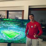 Cristiano Ronaldo Pakai Jersey Timnas, Dukung Portugal dari Rumah