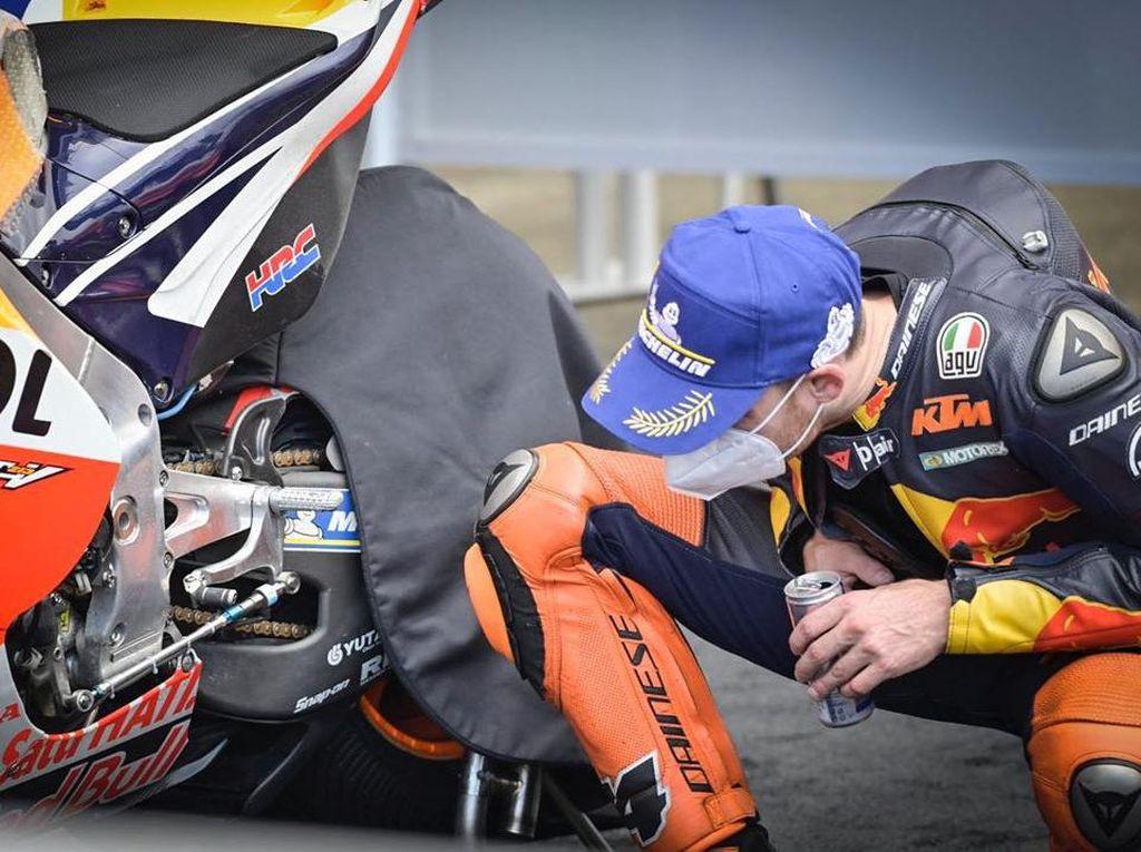 Duh, Pol Espargaro Terciduk Mata-matai Motor Alex Marquez