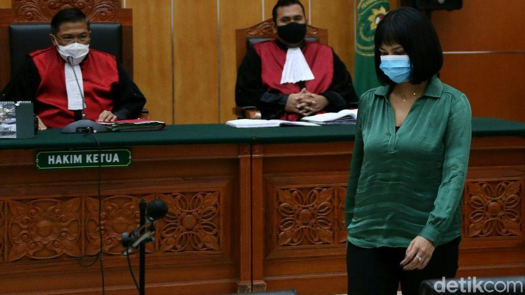 Gegara Kasus Pil Xanax, Vanessa Angel Dituntut 6 Bulan Bui
