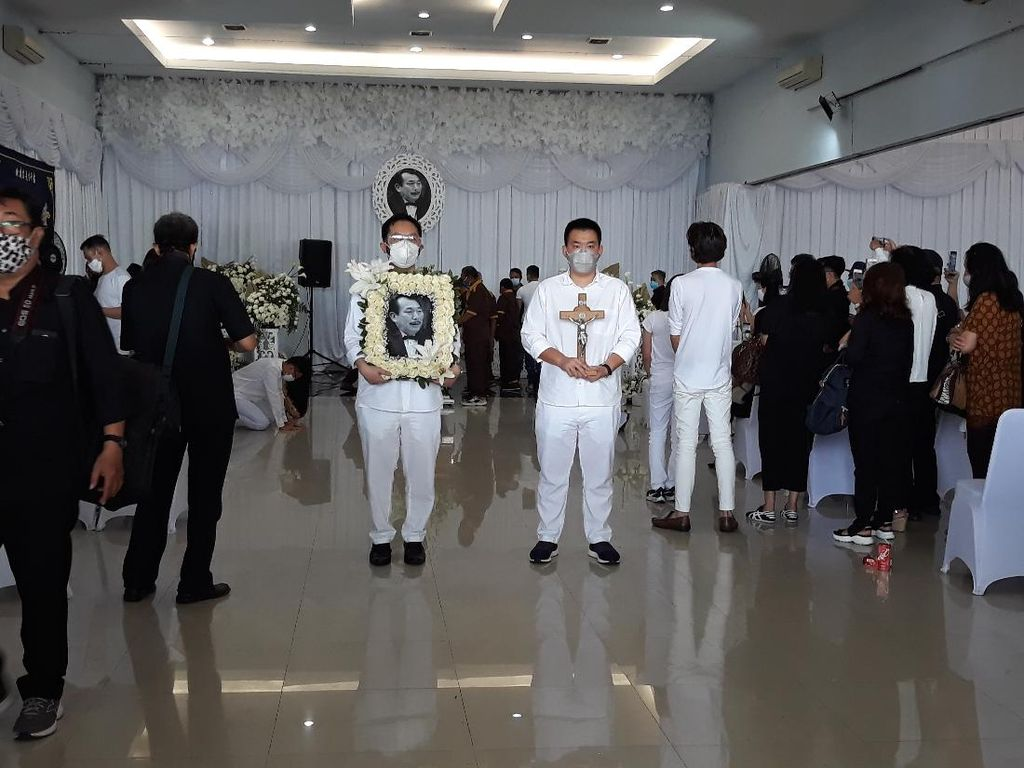 Jenazah Robby Sumampow Dimakamkan di Karanganyar Hari Ini