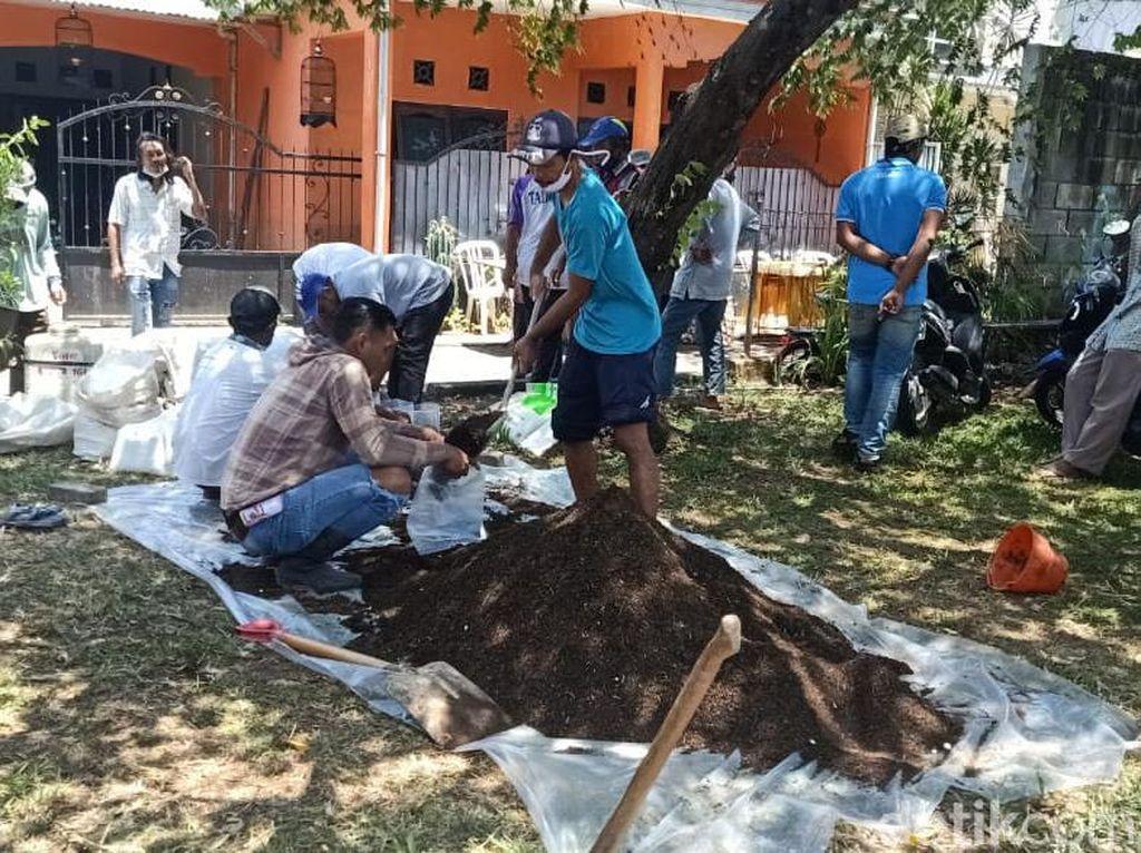Pupuk Langka, Petani di Malang Dilatih Bikin yang Organik