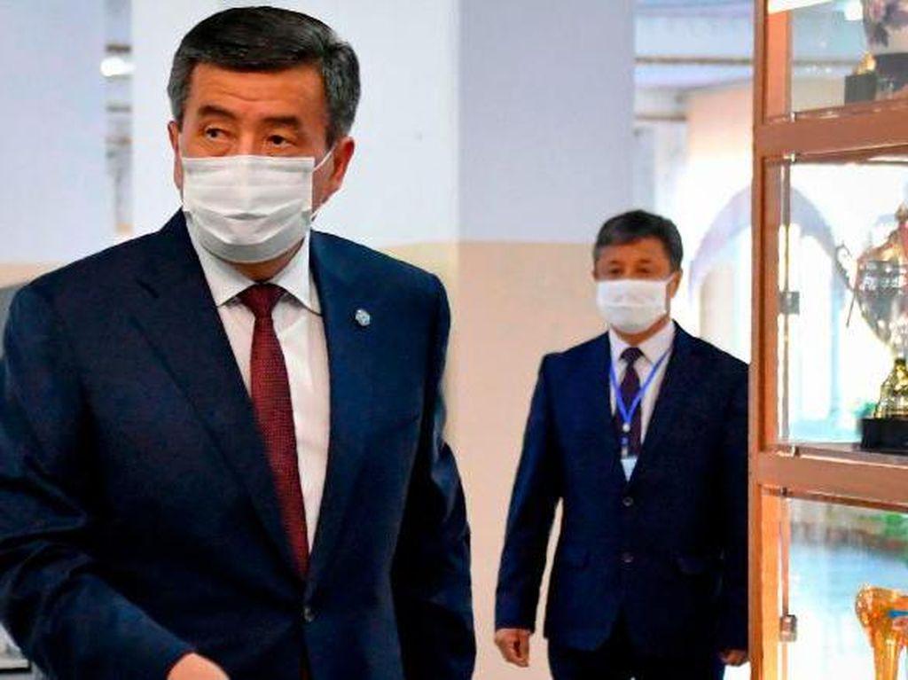 Tak Ingin Ada Pertumpahan Darah, Presiden Kyrgyzstan Mundur