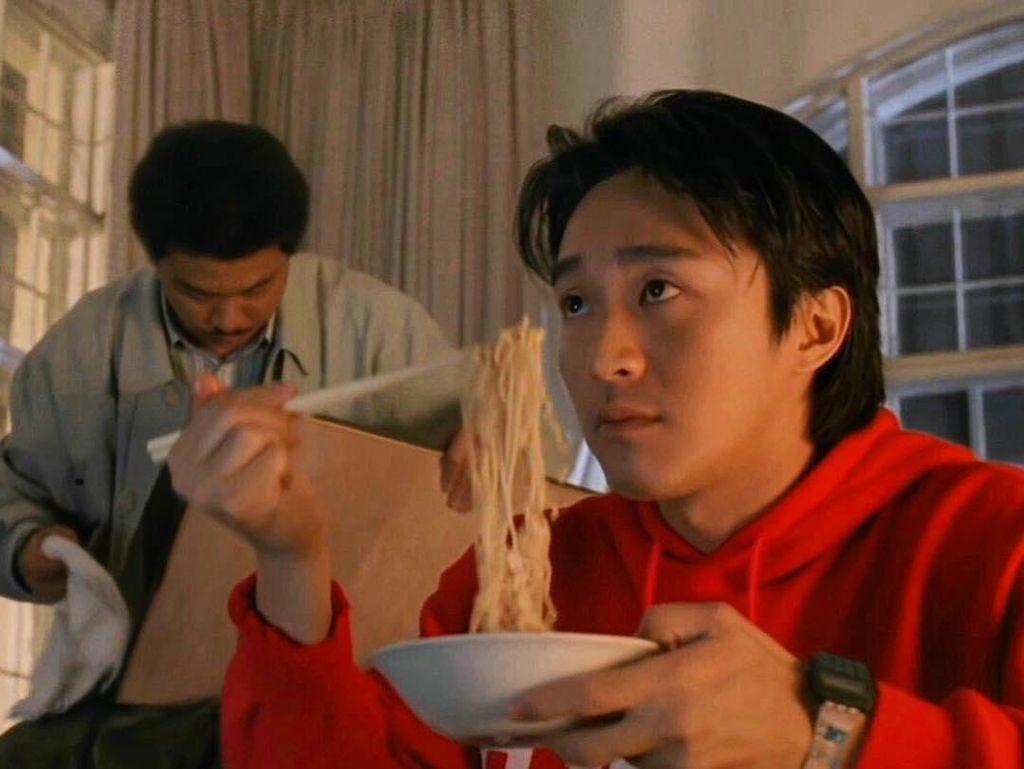 4 Hal Seputar Raja Komedi Stephen Chow yang Jatuh Bangkrut