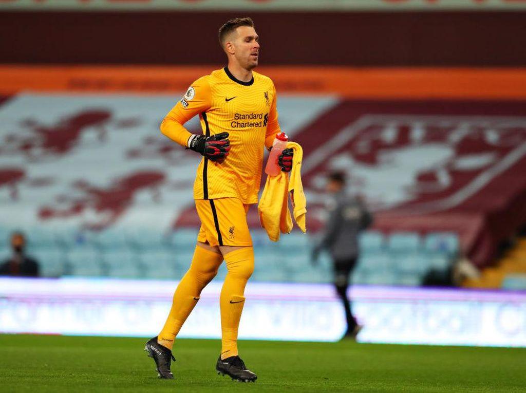 Everton Vs Liverpool: Lebih Sering Blunder Pickford atau Adrian?