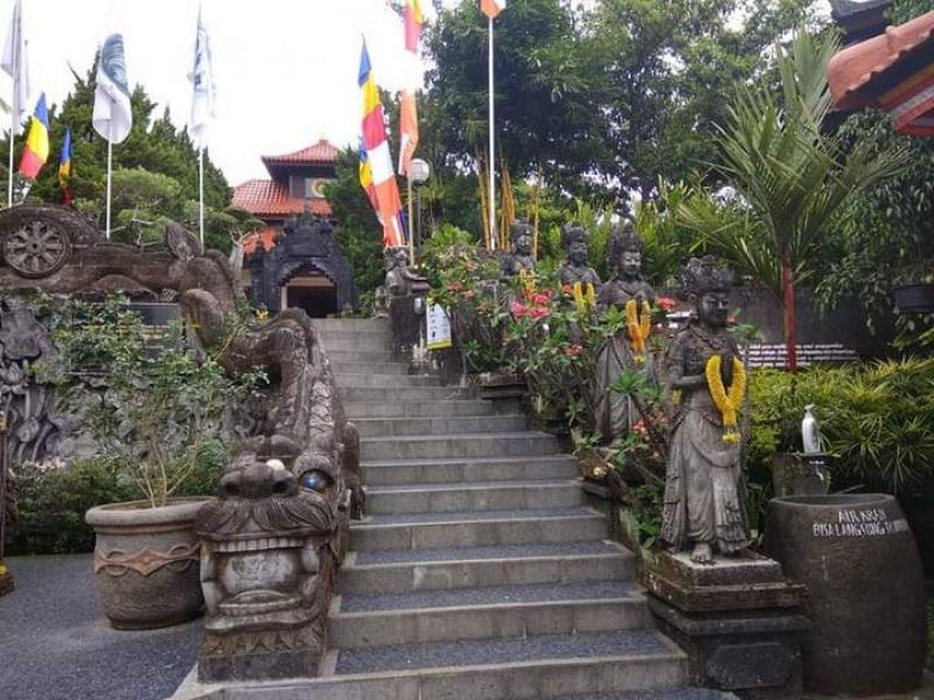 Bali Juga Punya Vihara
