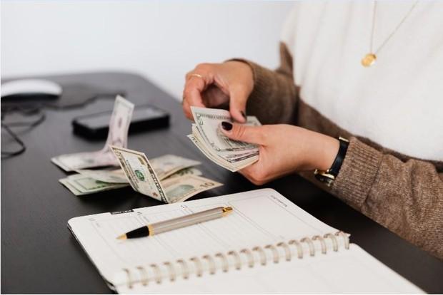 Buat catatan keuanganmu
