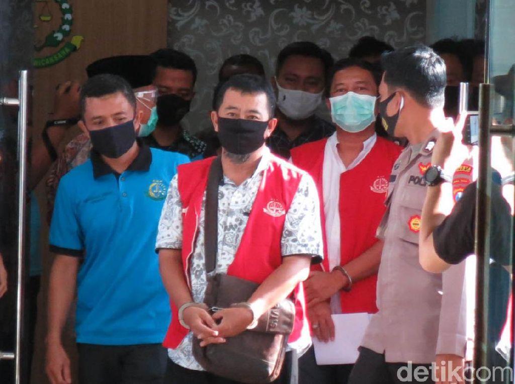 Korupsi Rp 8 M, Dirut dan Staf PT Puspa Agro Ditahan Kejari Sidoarjo