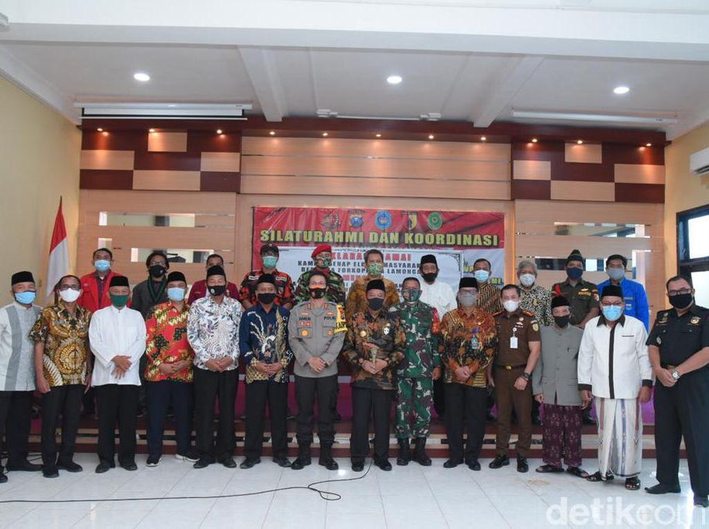 Warga Lamongan Gelar Deklarasi Menolak Tindakan Kekerasan dan Anarkisme