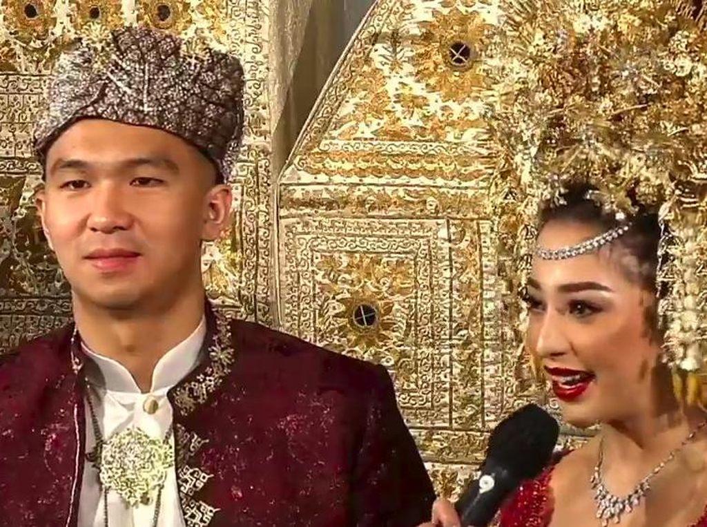 Nikita Willy Bingung Ditanya Alasan Pilih Indra Priawan Jadi Suami