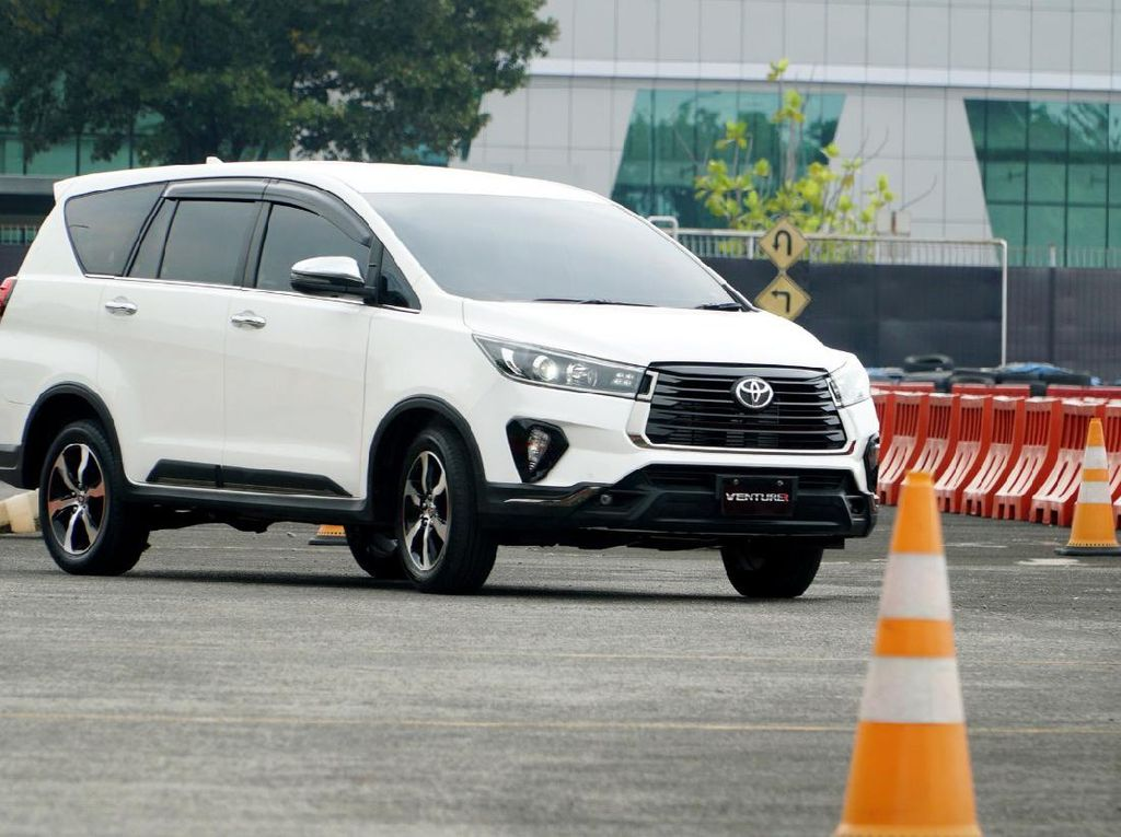 New Kijang Innova Disebut Minim Inovasi, Ini Komentar Toyota