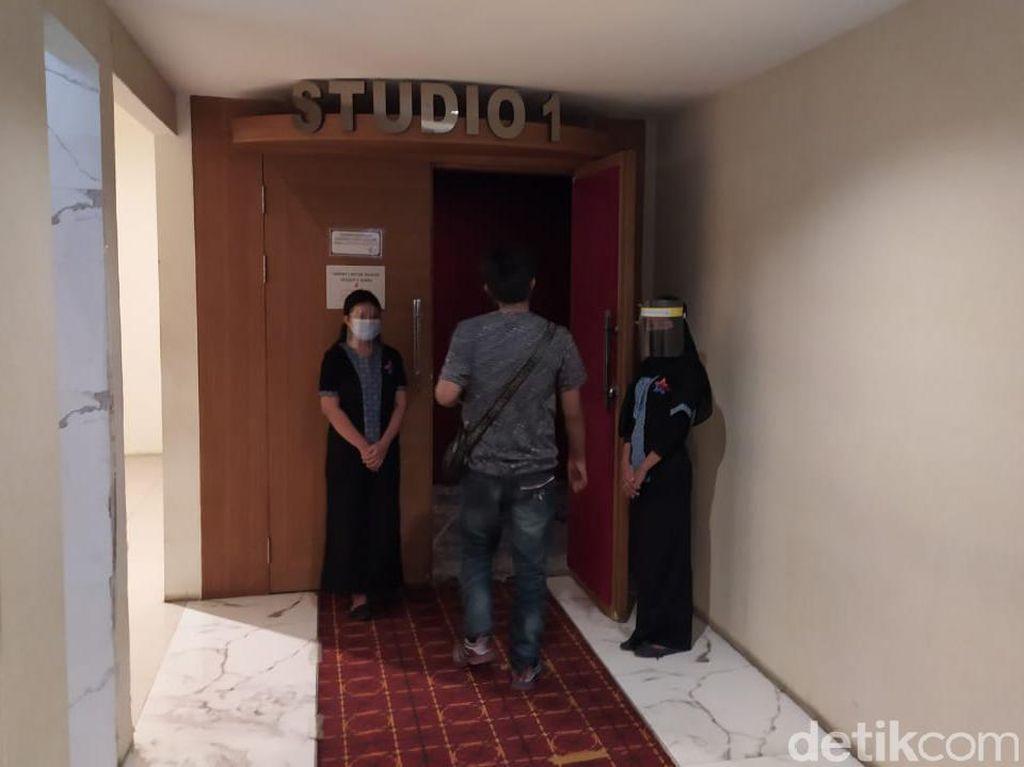 Angka Penularan COVID-19 Diklaim Turun, Bioskop di Lamongan Kembali Dibuka