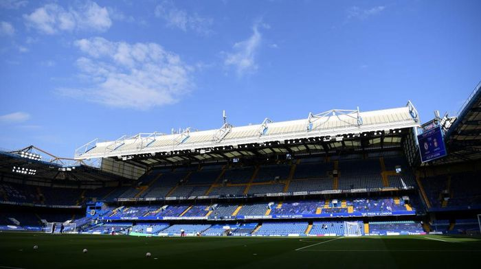 LONDON, ENGLAND - SEPTEMBER 20: General view inside the stadium prior to the Premier League match between Chelsea and Liverpool at Stamford Bridge on September 20, 2020 in London, England. (Photo by Michael Regan/Getty Images)