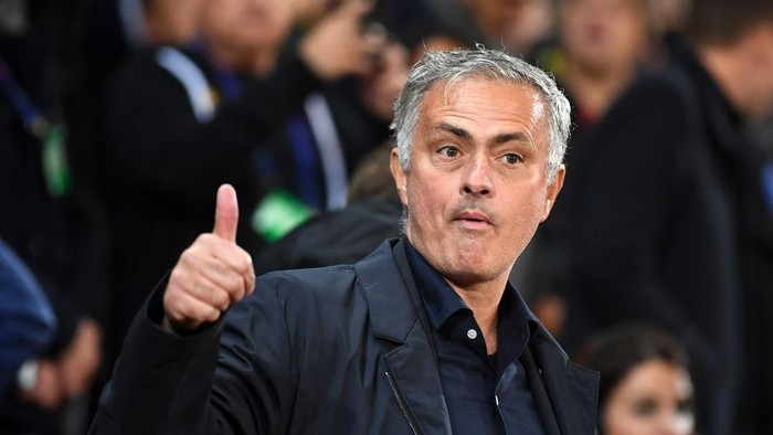 MANCHESTER, ENGLAND - OCTOBER 02:  Jose Mourinho, Manager of Manchester United gestures prior to the Group H match of the UEFA Champions League between Manchester United and Valencia at Old Trafford on October 2, 2018 in Manchester, United Kingdom.  (Photo by Michael Regan/Getty Images)
