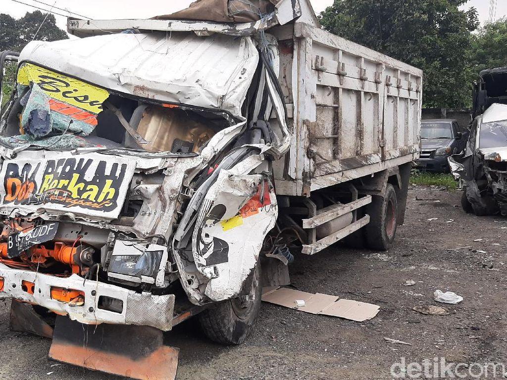 Ini Identitas Lima Korban Tewas Kecelakaan Truk di Puncak