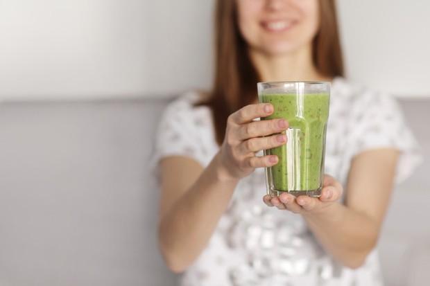 Mengkonsumsi smoothie bisa menjadi salah satu pilihan yang tepat karena bisa meningkatkan kesuburan