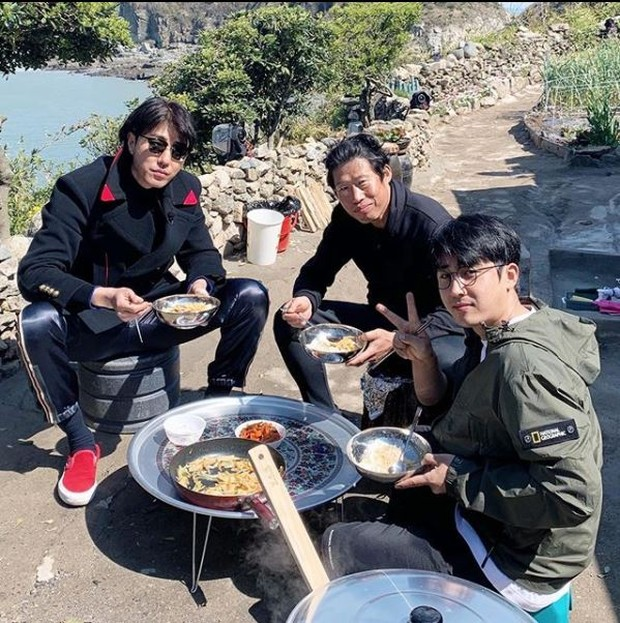 Variety show three meals a day yang dibintangi son ho jun