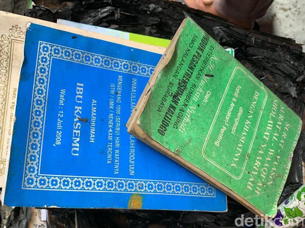 Selain Al-Quran, Buku Yasin Ini Juga Utuh dalam Rumah yang Ludes Terbakar