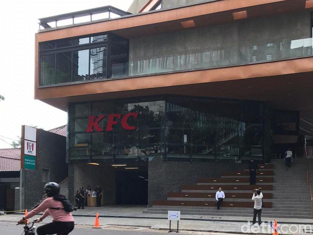 KFC di Senopati Disanksi Tutup Lagi, Begini Kondisinya Pagi Ini