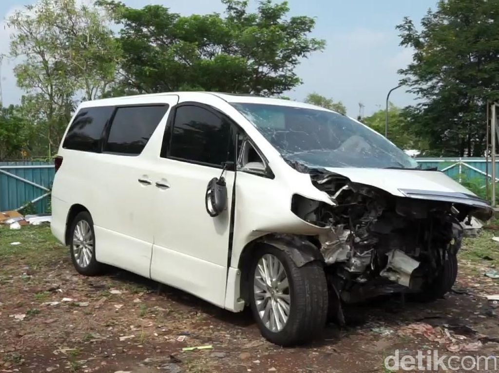 Pengelola Cipali: Mobil yang Ditumpangi Hanafi Rais Terlempar ke Median Jalan