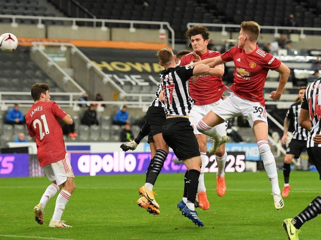 Babak I Newcastle Vs MU Berakhir 1-1