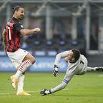 Zlatan Ibrahimovic Memangsa Inter Milan