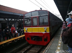 Traveler, Jadwal KRL Commuter Line Kembali Normal