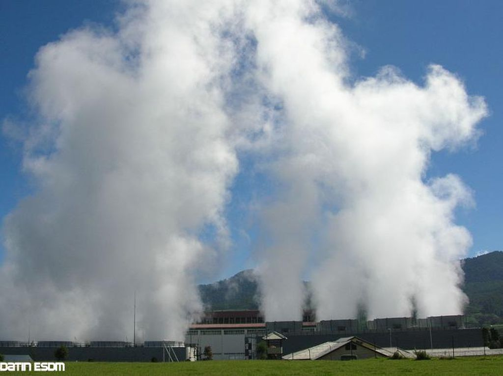 Kementerian ESDM Bersiap Evaluasi 8 Lapangan Panas Bumi