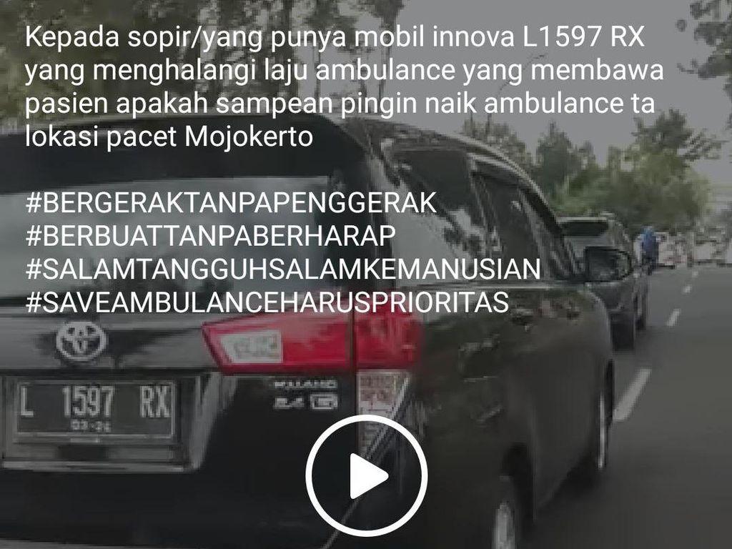 Viral Mobil Halangi Ambulans yang Bawa Korban Kecelakaan di Mojokerto