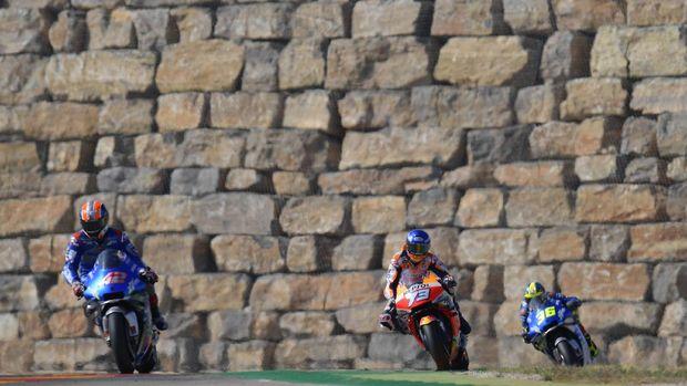 Alex Rins, Alex Marquez, dan Joan Mir di MotoGP Aragon 2020.