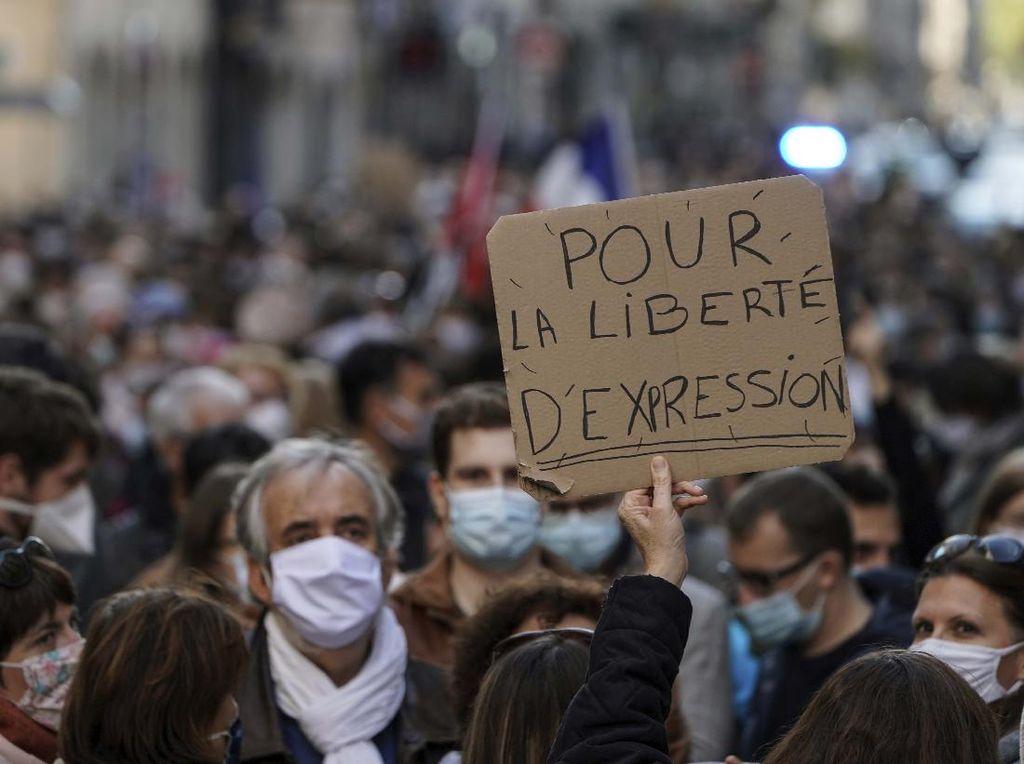 Sebut Guru yang Dipenggal Martir, Imam di Prancis Ingatkan Bahaya Ekstremisme