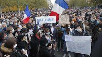 Polisi Prancis Buru Puluhan Orang yang Dukung Pemenggalan Guru