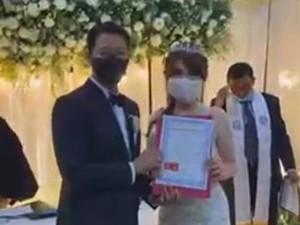 Selamat! Angela Lee Resmi Dinikahi Pengusaha Tajir Alexander