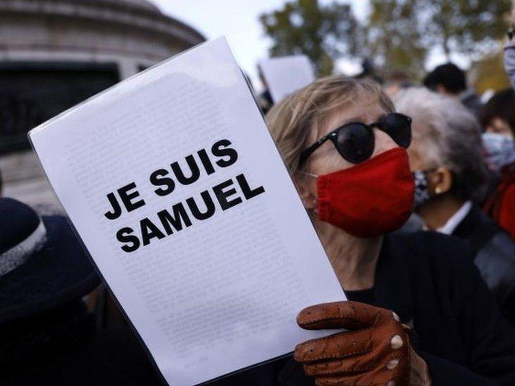 Empat Siswa Ditahan dalam Kasus Pemenggalan Guru di Prancis